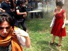 Gezi Parkında biber gazı ayrıcalığı