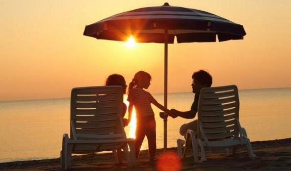 Güneş ve plajın keyfini bilinçli çıkarın.
